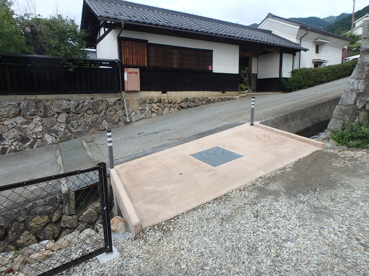 カラーコンクリート小型橋梁(完成)